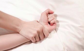 braccia e mani